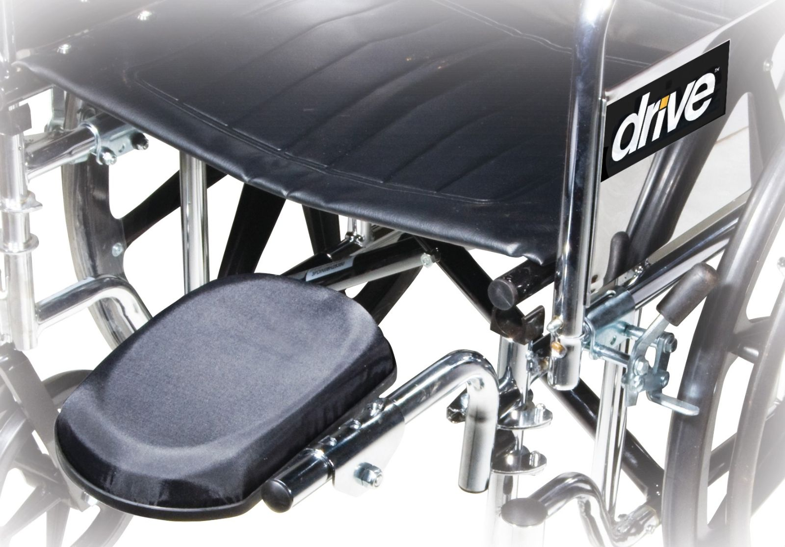 Drive Medical Silver Sport 2 Wheelchair Free Shipping