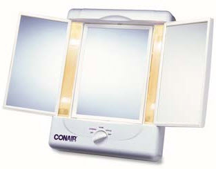 Lighted Panoramic Makeup Mirror For Low Vision