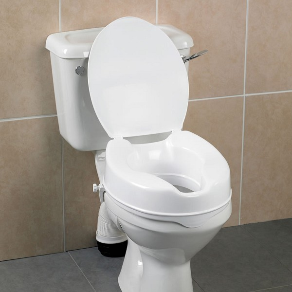 Savanah Raised Toilet Seat with Lid   FREE Shipping