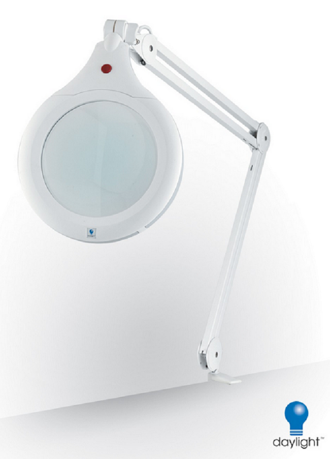The 5 Best Magnifying Lamps 3