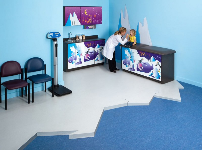 Pediatric Imagination Series Treatment Table And Cabinet Set