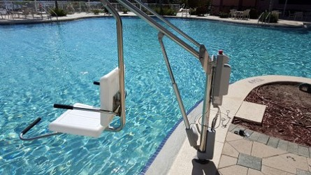 Motion Trek ADA Bariatric Pool Lift with Anchor