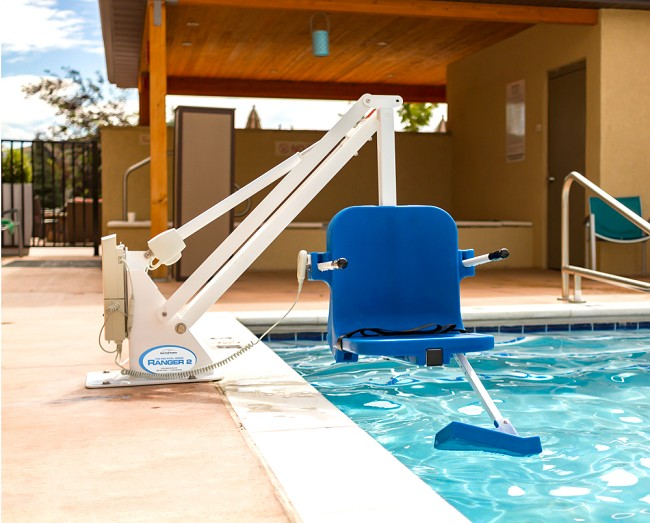 Ranger 2 Pool Lift for Small Swimming Pools