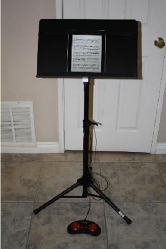 page turner sheet music turner discount automatic page turner music page turner. Black Bedroom Furniture Sets. Home Design Ideas