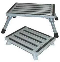 Hausmann 500 Lb Capacity Bariatric Wood Step Stool