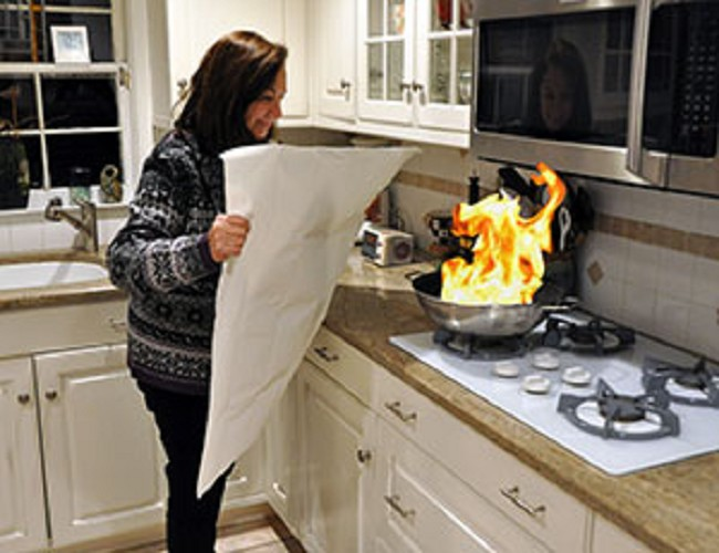 Kitchen Fire Blanket Flame Snuffer