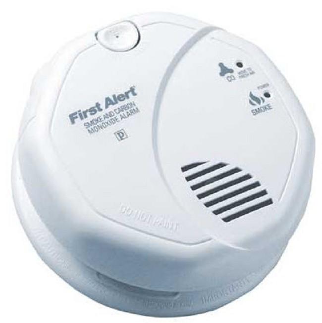 BRK Electronics T3 Smoke/T4 Carbon Monoxide Alarm