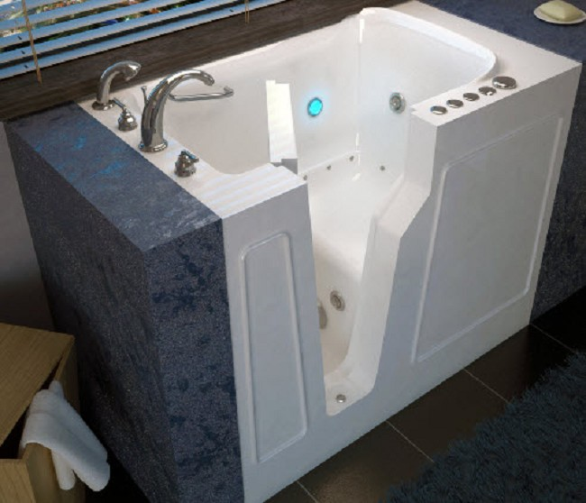 Swan Walk-in Handicap Spa Bathtub