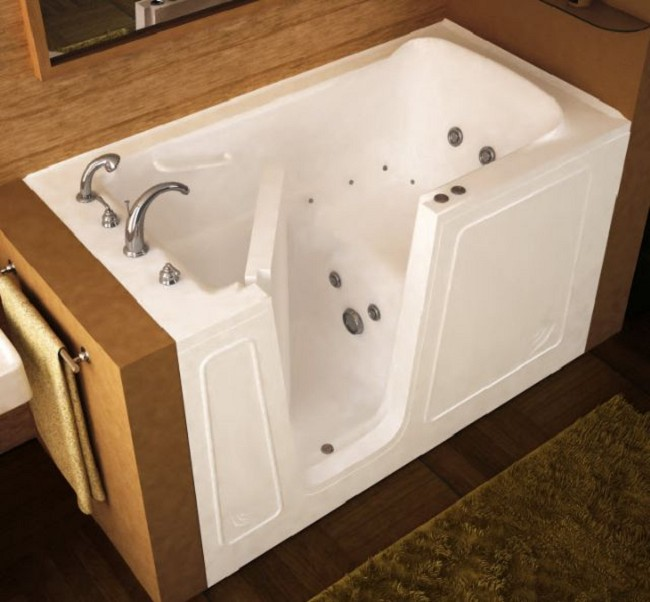 walk in bathtub. Raven ADA Compliant Walk In Bathtub  FREE Shipping