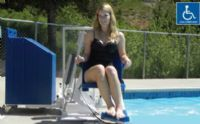 Aqua Creek Patriot Portable Pool Lift